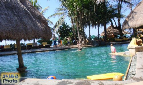 ノボテル ベノア バリ (NOVOTEL BENOA BALI)のプール