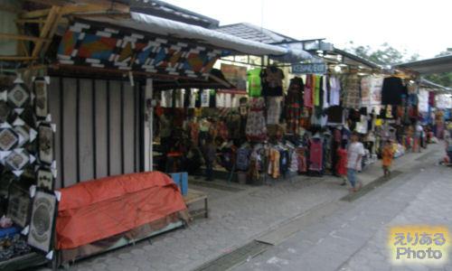 プランバナン寺院史跡公園~土産物売り場