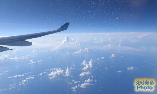 ガルーダインドネシア航空機からの風景