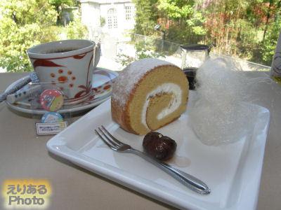 ロールケーキセット@坂の上の雲ミュージアムのミュージアムカフェ